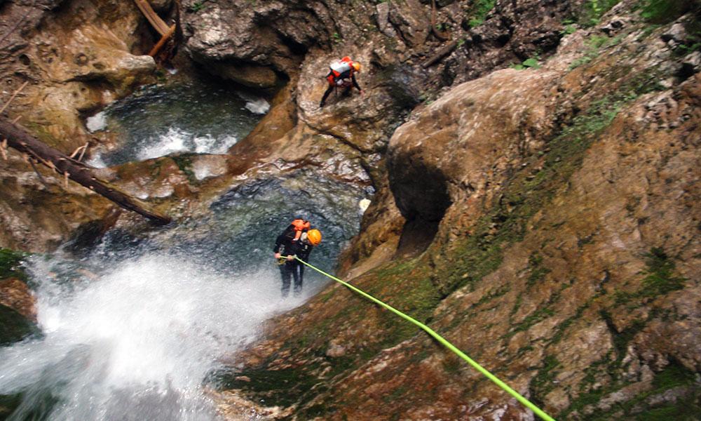 Esperienza di canyoning Canyoning Torrentismo | Groupon